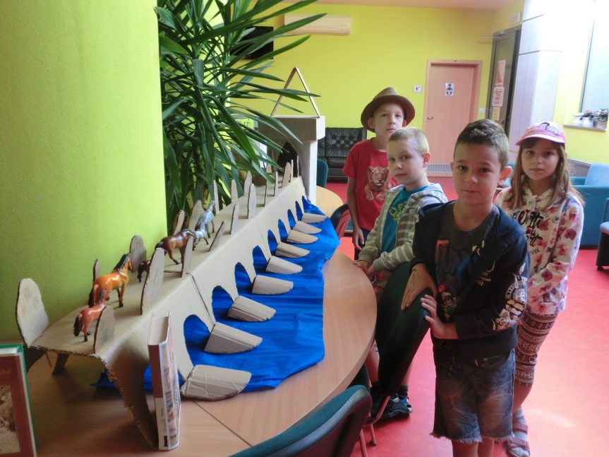 Zábavný den s knihovnou, výstava strakatého skotu