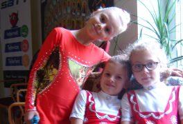 Děvčata ŠSK zacvičila seniorům