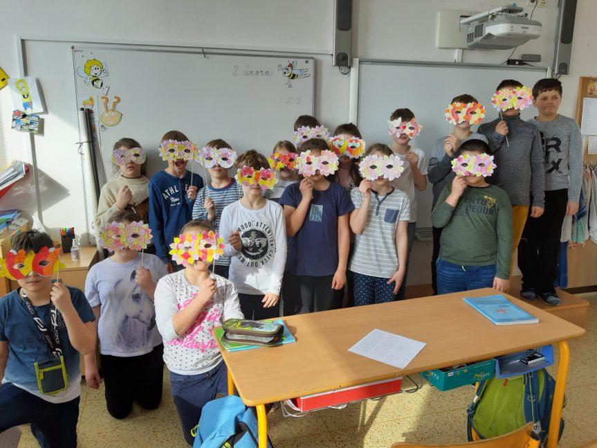 Masopustní maska ve 4.A