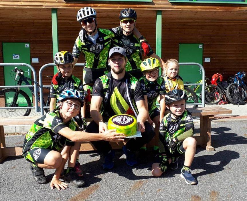 Naši žáci závodí na horských kolech